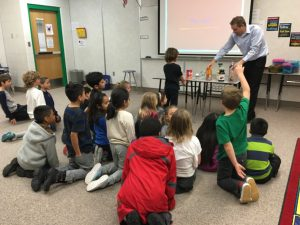 Grade 2 students with Dr Brandon Bailey. Ranking beverages from least to most sugar